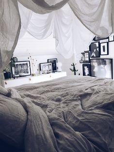 Shocking Small bedroom remodel joanna gaines,Guest bedroom remodel attic spaces and Kids bedroom remodel basements. Bedroom Decor On A Budget, White Bedroom Decor, Ikea Bedroom, Home Decor Bedroom, Bedroom Ideas, Design Bedroom, Bedroom Styles, Bedroom Hacks, Girls Bedroom