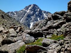 How to find hikes in Colorado