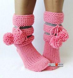 Knitting Socks, Hand Knitting, Knitted Hats, Knitting Patterns, Knit Socks, Baby Girl Crochet, Patterned Socks, Slipper Socks, Crochet Slippers