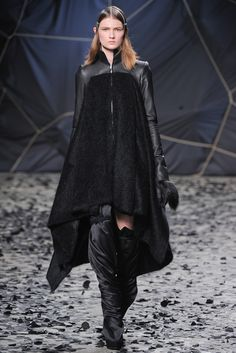 Gareth Pugh Fall 2012 Ready to Wear