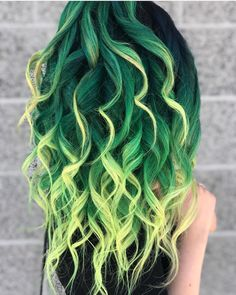 Exotic hair color ideas for 2019 Optimal Power Flow for co . - Exotic hair color ideas for 2019 Optimal Power Flow for hot and chic celebrity hairstyles - Dark Green Hair, Green Hair Colors, Hair Dye Colors, Green Hair Dye, Bright Hair Colors, Bright Colored Hair, Edgy Hair Colors, Ombre Green, Dark Ombre