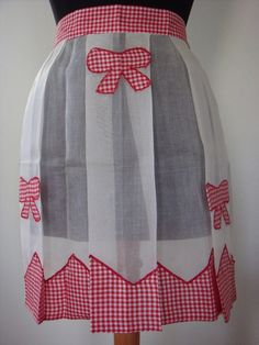 VIntage Applique Red Gingham Bows Half Apron by TwigCottage, $20.00