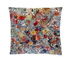 Anna Torma - Rosey pillow