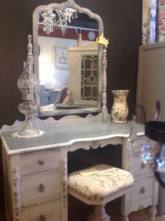 Dressing table in Paris grey with a graphite wash chalk paint™ by Annie Sloan. Clear and dark wax. At whitby B/A Vintage