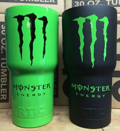 Kiwi green // Textured Black Monster Energy Gear, Monster Energy Girls, Diy Tumblers, Custom Tumblers, Bebidas Energéticas Monster, Monster Crafts, Motorcycle Touring, Girl Motorcycle, Motorcycle Quotes