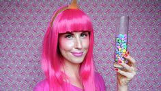 Princess Bubblegum: The Pinkest Costume In All The Land. Oh my Glob, it's the best Halloween tutorial ever! Halloween Tutorial, Diy Halloween Costumes, Halloween Makeup, Costume Ideas, Princess Bubblegum Costumes, Beauty Trends, Beauty Hacks, Makeup Tips, Hair Makeup