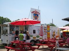 --- Food truck trends in America http://www.forbes.com/sites/larryolmsted/2013/06/18/americas-best-food-trucks/