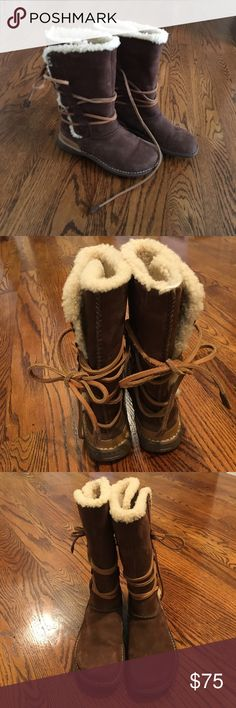 Authentic UGG Catalina chestnut lace up boots!Sz 7 Super cute and comfortable UGG boots, Sherpa lined, lace up. Catalina chestnut worn for 1 winter, ordered these through Nordstrom, as they didn't have my size in stock. Barely used, but some of the Sherpa wore off back of 1 boot? Minimal wear, except that. Sz 7. No box UGG Shoes Lace Up Boots