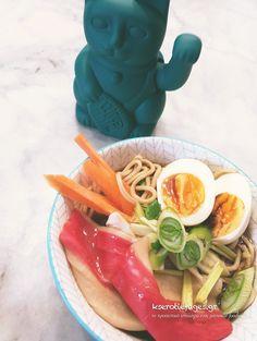 Ramen+με+Σούπα+Βοδινού+και+Λαχανικά Ramen, Ethnic Recipes, Food, Meals, Yemek, Windows, Eten