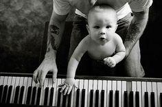Hipster Piano Papa