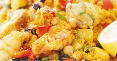 Ingrédients:  300gr de couscous fin  2 filets de poisson blanc à chair ferme 2 filets de saumon 1 boîte de tomates au jus (pelées 425) 2...