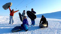 Airboard er noe av det morsomste du kan gjøre på snø. Passer både erfarne skikjørere og folk som aldri har sett snø før. Man tar heisen opp og kjører en egen alpinbakke ned. Airboardet styres ved hjelp av kroppsvekten. Rafting, Snow, Outdoor, Outdoors, Outdoor Games, The Great Outdoors, Eyes, Let It Snow