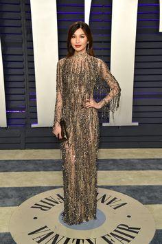Gemma Chan wore a dark grey metallic TOM FORD waterfall fringe dress to the Vanity Fair Oscar Party in Los Angeles. Celebrity Dresses, Celebrity Style, Star Fashion, Girl Fashion, Gemma Chan, Nice Dresses, Formal Dresses, Long Dresses, Oscar Dresses