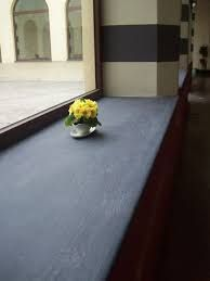 Perhaps a slate window sill for the kitchen area? Not too shiny as not to cause glare; also in keeping with colour of stainless steel worktops and simple unfussy design Interior Window Sill, Window Boards, Slate, Master Bedroom, Beautiful Places, Stairs, Windows, Furniture Ideas, Stainless Steel