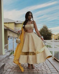 Summer Wedding Outfits, Wedding Dresses For Girls, Indian Wedding Outfits, Girls Dresses, Bridal Outfits, Bridal Makeup Looks, Bridal Looks, Indian Fashion, Ethnic Fashion