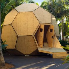 Arquitectura Favorita Woman Waistcoats custom made woman's waistcoat Yurt Home, Garden Pods, Off Grid, Geodesic Dome Homes, Dome House, Micro House, Earthship, Tiny House Living, Bucky
