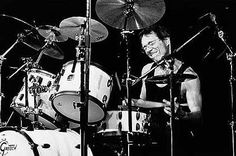 Vinnie Colaiuta - as technical and versatile as they come (Zappa, Sting, Jeff Beck, Megadeth, Chick Corea, Faith Hill, Backstreet Boys).