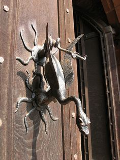 Old door knocker on Powis Castle, Wales 2007 - they dont make em like this anymore !!