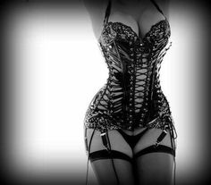 um idc f@$*%#g love this corset