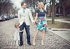 love the pose and outfits. This website has ideas about how to pick colors for your family photo. Isn't that fam so adorable! Thanks Mester Mester Brinton