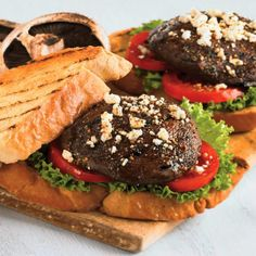 A hearty sandwich that will appeal to vegetarians and meat-lovers alike. Portobello mushrooms have a deliciously meaty texture and are perfectly suited to the grill.