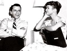 Frank Sinatra and Debbie Reynolds, adorable!