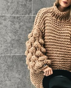 Perfection meets the stitch the most wonderful the biggest sleeves the Authentic CuddleUp jumper in Camel available ONLY on Knitted Coat, Knitted Gloves, Thick Sweaters, Circle Scarf, Warm Outfits, Knit Fashion, Pullover, Knitting Designs, Hand Knitting