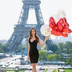 Red and white balloons at the Eiffel Tower.  Paris Photographer | Photoshoot in paris | paris photography | paris solo photographer | paris | paris photoshoots | paris photoshop eiffel tower | paris photoshoot ideas. #parsianphotographer #bestparsianphotographer #parisphotographer #parisphotographers #photographerinparis #photographersparis #bestparisphotographer #photosessioninparis #photosessioninparis #parisphotosession #parisphotoshoot #lovethem Paris Photography, Couple Photography, Amazing Photography, Paris Pictures, Paris Photos, Photoshoot Inspiration, Photoshoot Ideas, Eiffel Tower Location, Paris Couple