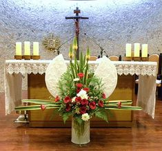 ==================================================================================... Tropical Flower Arrangements, Funeral Flower Arrangements, Church Wedding Flowers, Funeral Flowers, Deco Floral, Arte Floral, Altar Decorations, Wedding Decorations, Christmas Decorations