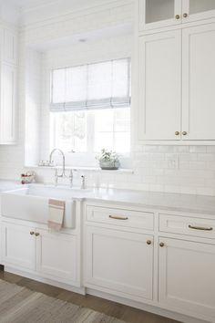 White kitchen with White Subway Tiles - Transitional - Kitchen White Kitchen Cabinets, Kitchen Redo, Home Decor Kitchen, Kitchen Interior, New Kitchen, Home Kitchens, Kitchen Remodel, Kitchen Cleaning, Small White Kitchens