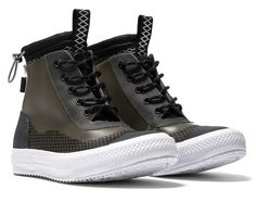 Converse's newest Chuck Taylor is ready for a monsoon. These definitely aren't your average pair of Chucks. Me Too Shoes, Men's Shoes, Shoe Boots, New Chuck Taylors, Tennis Vans, Pink Luggage, Converse Men, Converse Chuck Taylor All Star, Sneaker Boots