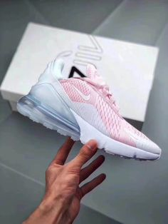 Cute Shoes, Me Too Shoes, Red Nike Shoes, Fresh Shoes, Air Max 270, Nike Outfits, Adidas Originals, Nike Air Max, Trainers