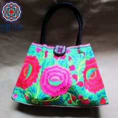 New Cool Green Leaf National embroidery package Europe and lotus leaf  packages fashion handbags