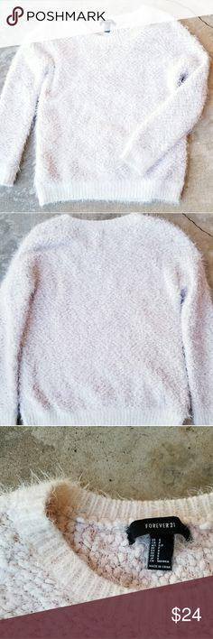 Forever 21 light pink popcorn fuzzy sweater Very soft and cozy light pink fuzzy sweater. Has the popcorn material and barely worn. Size small Forever 21 Sweaters