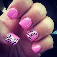 Short pink Leapord nails!