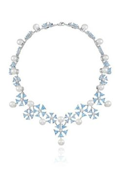 Cinderella, Disney Princess Collection By Chopard Lands At Harrods: Which Princess Are YOU? High Jewelry, Jewelry Accessories, Jewelry Necklaces, Jewelry Design, Jewellery, Real Diamond Necklace, Diamond Jewelry, Delicate Jewelry, Unique Jewelry