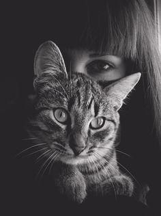 девушка с котом09 (448x600, 151Kb)