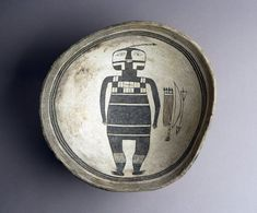 _mimbres_bowl/henry_exhibit_mimbres_bowl