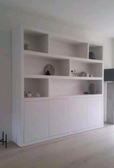Built In Shelves Living Room, Wall Bookshelves, Bookcase, Living Room Interior, Home Living Room, Muebles Living, Minimalist Living, New Homes, House Styles