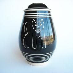 Ceramic Dog Cookie Jar by GoldenbergCeramics on Etsy, $95.00  www.etsy.com/goldenbergceramics