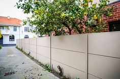 SlimWall expressed joint used alongside driveway entrance House Gate Design, Driveway Entrance, Boundary Walls, Modular Walls, Landscape Walls, Architectural Features, Outdoor Entertaining, Fences, Architecture