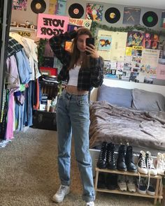 vintage outfits 46 Perfect School Outfits for Girls to Wear to School Trendy Fashion Ideas Retro Outfits, Cute Casual Outfits, Mode Outfits, Vintage Outfits, Edgy Outfits, Grunge Outfits, Vintage Clothing, Grunge Clothes, Hipster Outfits