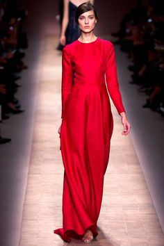 Valentino Spring 2013 RTW - Review - Fashion Week - Runway, Fashion Shows and Collections - Vogue