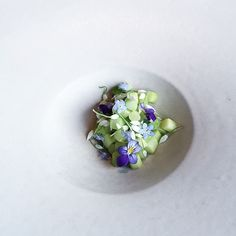 Norwegian asparagus with a trio of florals at @maaemo: