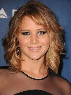 Probably bringing this photo to the salon with me next time, love the cut and color.