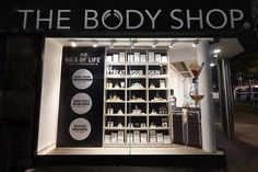 New displays for The Body Shop to highlight product launch - Retail Design World