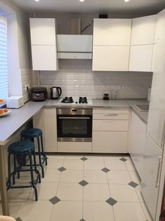 2х комнатная хрущёвка Kitchen Room Design, Home Room Design, Living Room Kitchen, Home Decor Kitchen, Interior Design Kitchen, Kitchen Furniture, Small Modern Kitchens, Small Kitchen Layouts, Small Space Kitchen