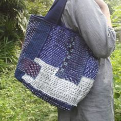 Sashiko All hand stitched - Sashiko Embroidery, Japanese Embroidery, Hand Embroidery, Boro Stitching, Hand Stitching, Patchwork Bags, Quilted Bag, Textiles, Japanese Bag