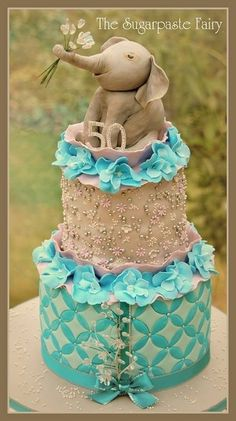 Elegant Elephant Cake Art Someone show this to my husband or whoever plans my 30th  bday, cause you know ya'll are gonna throw me a party right? Lol