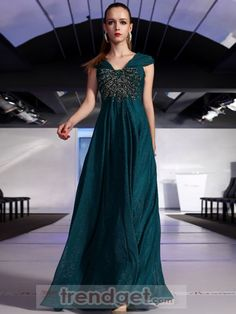 Stunning A-line V-neck Floor-length Chiffon Green Prom Dresses